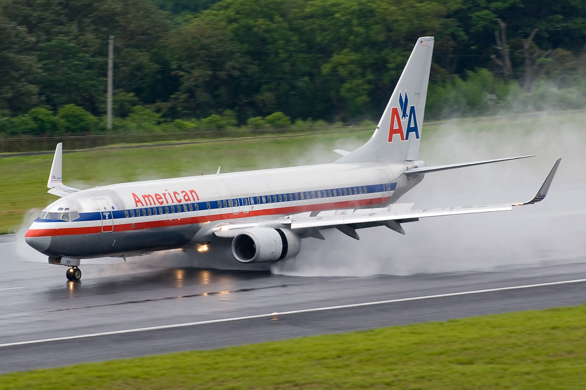 AC6 Boeing 737-823, American Airlines