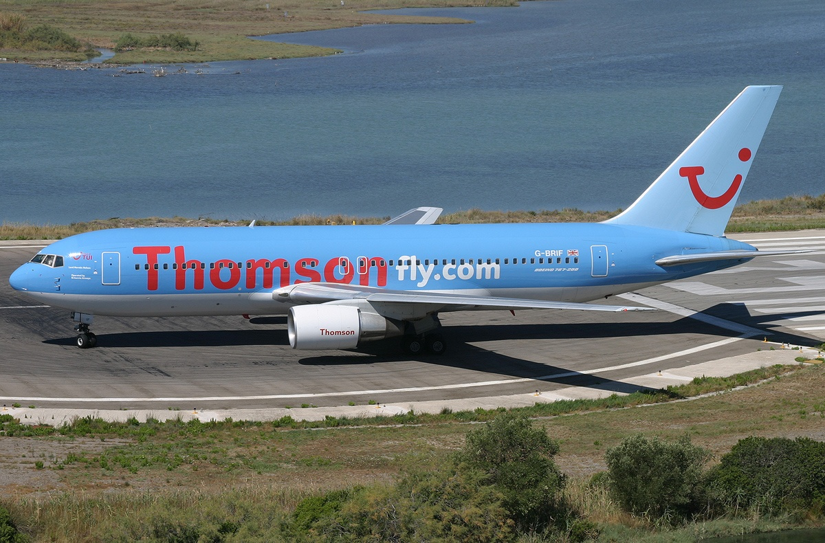 A1 Boeing 767-204(ER), Thomsonfly